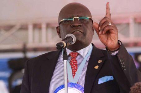 Waziri wa elimu Profesa George Magoha kuipongeza shule ya msingi ya Bungoma DEB
